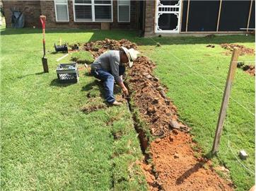 - The Cutting Edge Landscape And Irrigation-Granbury,Texas